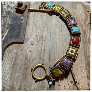 """Lucky Brand 1/2"""" bezels:. 7.5"""", with toggle clasp."""